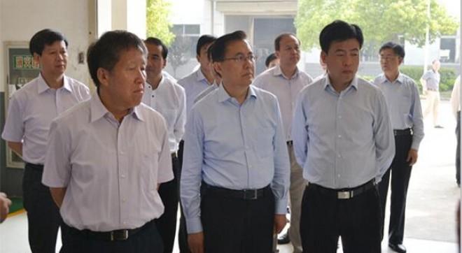 国家科技部曹部长一行考察我公司,我市市委书记朱克江陪同考察