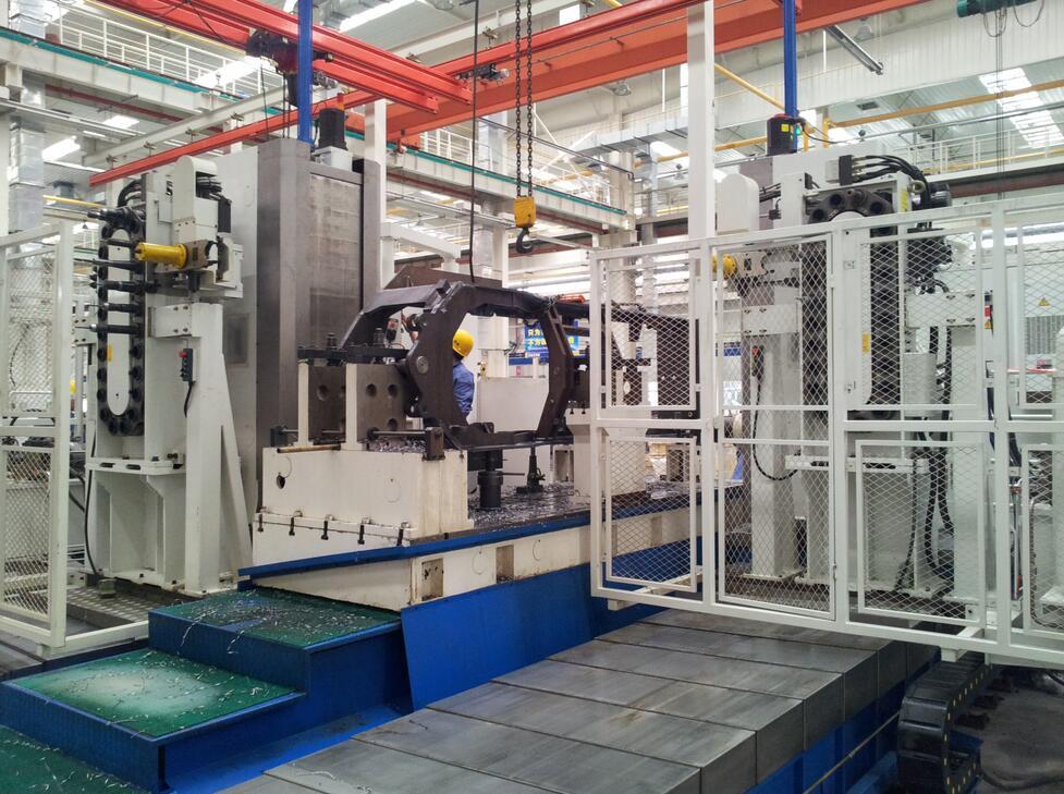 SHPC系列双面动柱卧式加工中心